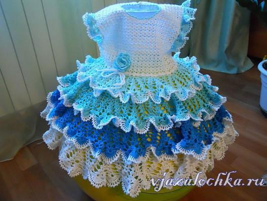 Vestidos de niña de ganchillo. Un extraordinario vestido de crochet